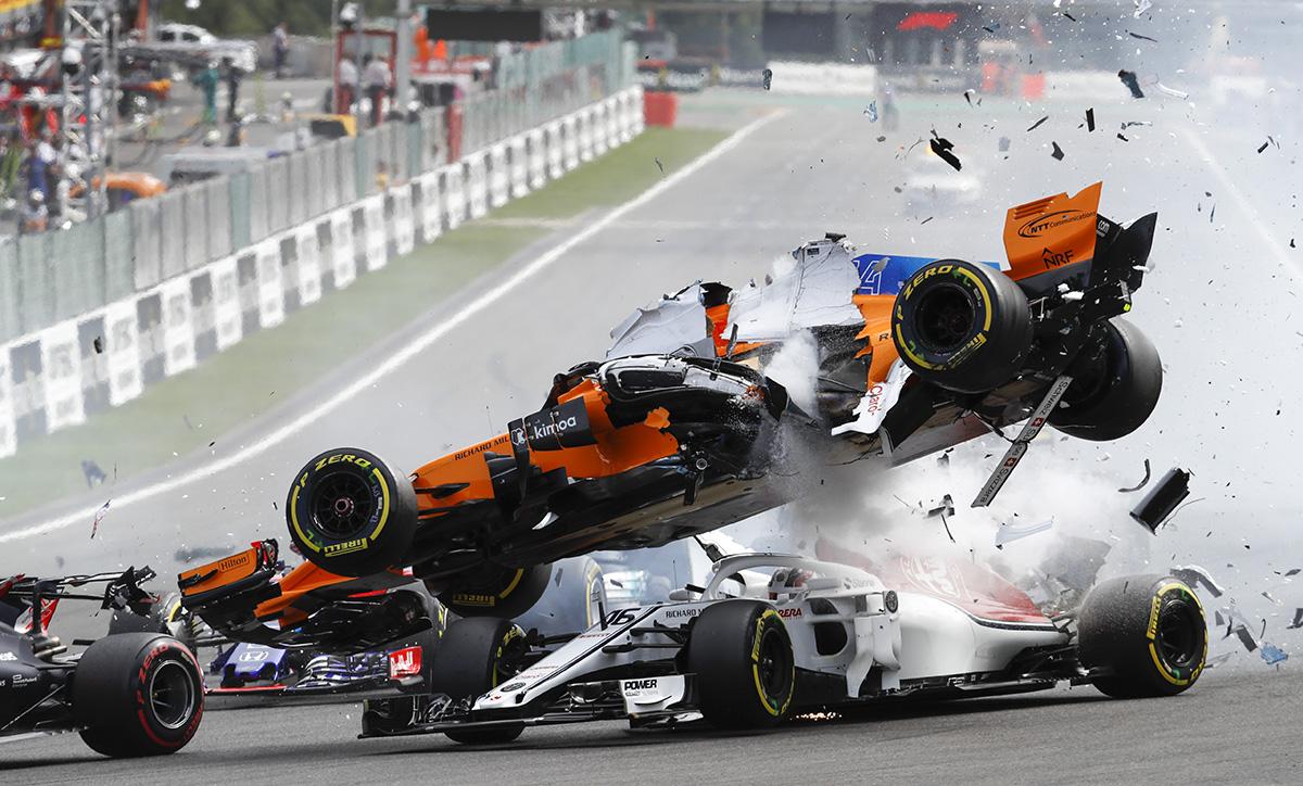 Vítěz kategorie motorismus, autor Jiří Křenek: Poslední velká nehoda Fernanda Alonsa v F1, Spa Belgie 2018